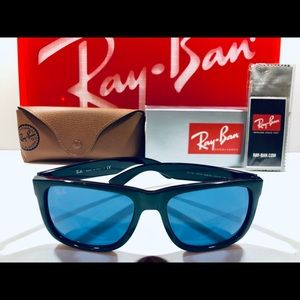 Ray-Ban Sunglasses Justin Green on Black, Blue